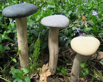 NATURAL Beach Stone GARDEN MUSHROOM Driftwood Stone Yard Art Garden Decor Ornament Fairy Garden