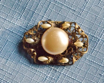 Vintage Brooch Czech Glass Pearl Gold Filigree Victorian Revival Edwardian Style Bridal Sash Jewelry Wedding Jewellery Gift for Her