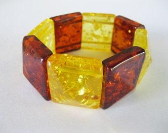 Lucite Amber Bracelet Stretch Chunky Plastic Vintage