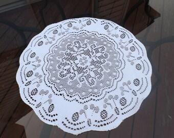 "Sale Venetian lace,center piece 16"" diameter New condition.Italian lace.White lace.Home decor,table decor easy care.Round lace Gift"