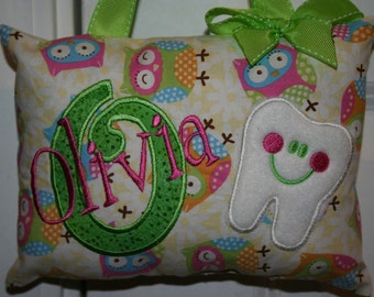 Tooth Fairy Pillow for Girls Personalized - tooth chart - personalized pillow - baby gift - kids birthday gift