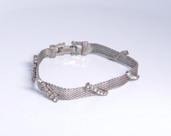 Vintage Silver Tone Mesh Bracelet With Bars of Prong Set Rhinestones