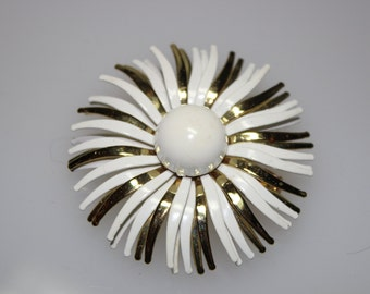 Vintage Gold and White Enamel Flower Brooch