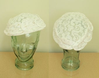 Vintage - 50s/60s - Floral - Crocheted - White Lace - Ladies - Tilt - Saucer Hat - Bridal - Wedding