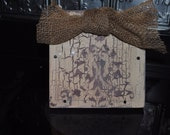 Cream with gray damask design, distressed picture frame, 4x6 slide-in frame, frames, great gift idea