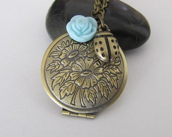 Antique Locket Necklace  Floral Locket Necklace Photo Locket  Jewelry, Vintage Style