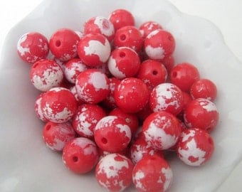 Clearance 60 Red White Plastic Beads 8mm   (1237)