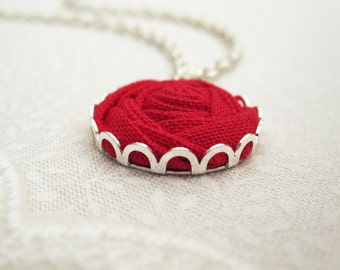 Lipstick Red Flower Necklace - Simple and Sweet Beauty and the Beast Rose
