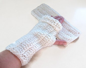 Crochet Fingerless Gloves, Mittens in Cream. Handwarmers, Winter Warmers, ArmWarmers, Fashion Accessories,