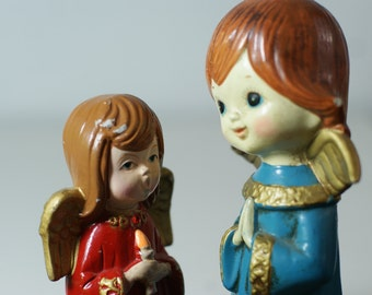 Angel Sisters. Vintage Angels. Vintage Christmas. Estate Finds. Sweet Peacock Blue and Red Dresses with Wings. Angeles de Navidad