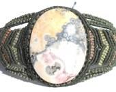 Macrame green bracelet with Chalcedony stone