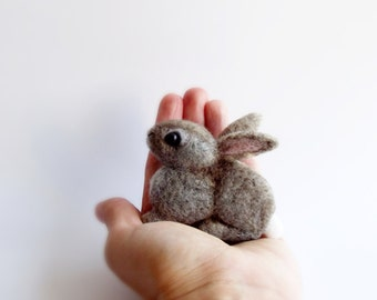 Little Bunny, Felted Animal Pin, Rabbit Brooch/MADE TO ORDER