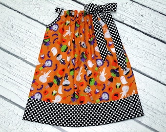 Girls Halloween Pillowcase Dress Zombie Mummy Witch Size Black Dot Size 6-12 month, 12-18 month, 18 - 24 month, 2 / 3, 4 / 5, 6 / 7, 8 / 9