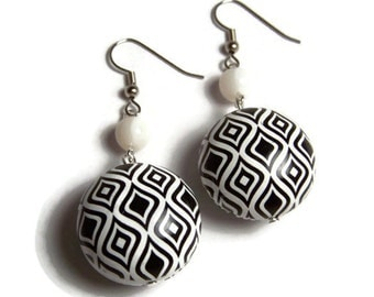 CLEARANCE..Black and White Mod Earrings