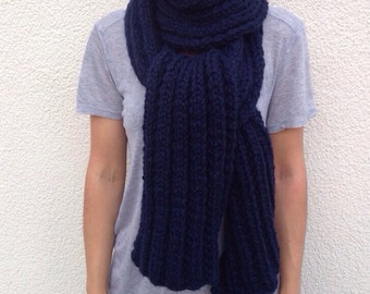 Chunky knitted Navy scarf/Mabelle