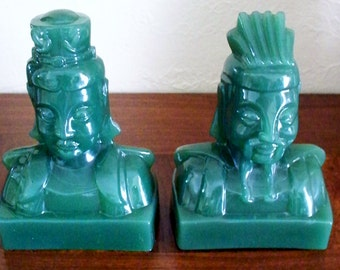 Imperial Glass Jade Green Bookends Lu Tang Dynasty Emperor Empress Royalty Home Decor Collectible Glass