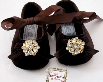 Items similar to Baby Girl Crib Shoes,/giraffe print Baby Booties ...