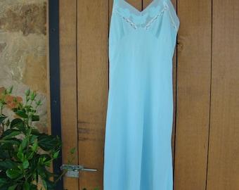 Vintage full slip 40s 50s aqua lacy womens lingerie flower applique
