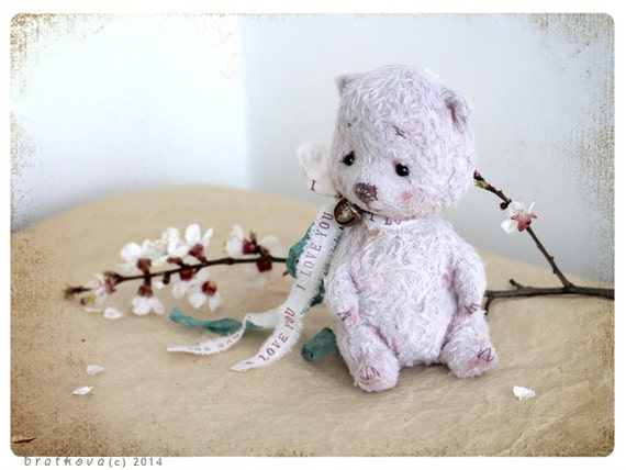 Artist Teddy Mother's day or Easter Ilove you 5 inch