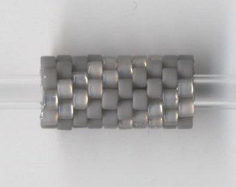 Woven Glass Bead Tube ... ... ... ... ... ... 6mm/o-2mm/i ... ... ... ... ... 10x08 * 303