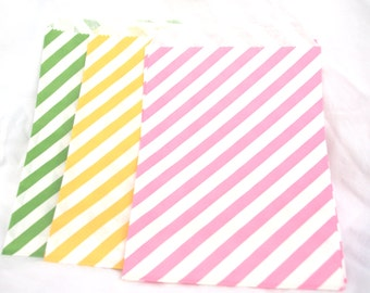 SPRiNG Mix Paper Bags-medium sized-party favors--gifts---weddings--showers--24ct