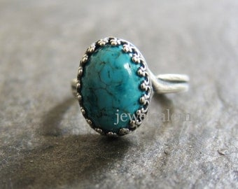 Silver Turquoise Ring Old Gold Adjustable Blue Gemstone Oval Shape Medium Size Exotic Victorian Heirloom Estate Modern Friendship Ring Gift