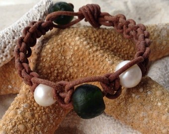 Recycled glass, freshwater pearl and leather bracelet. Free shipping to US