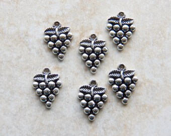 20X15mm Antique Silver Grape Charm Pendants, 6 PC (INDOC342)