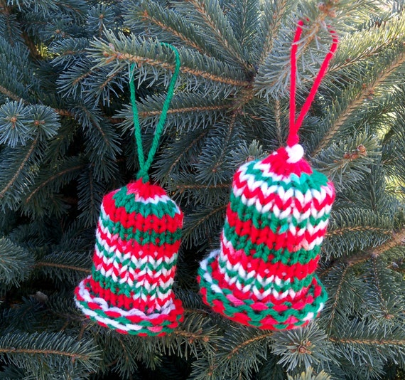 Knitting Pattern Christmas Bells : Items similar to Knit red,white and green Christmas bells - set of 2 on Etsy