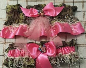 Pink Camo Garter Set, Camoflague Wedding Garter,  Bridal Garter,  Keepsake Set.