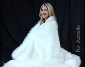 Plush Faux Fur Throw Blanket - Soft Cuddle Fur - Minky Lining