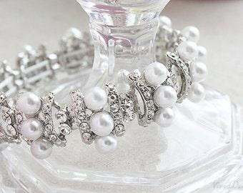 Beautiful White Pearl Bridal Bracelet