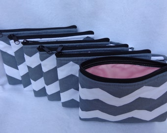 Makeup Bag: Combo Six (Ideal for Bridesmaid gift) Gray Chevron w/ Creme Rose