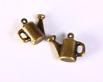 Watering pot charms - Antique brass Watering pot pendant - nickel free lead free - 17mm x 13mm (1414) - Flat rate shipping