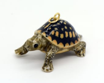 1 - Porcelain Box Turtle Pendant Hand Painted Glaze Ceramic Animal Small Ceramic Turtle Bead Jewelry Supplies Little Critterz (CA246)