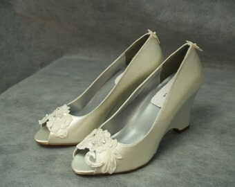 Wedge Wedding Shoes Ivory or Apple green with lace Flower front, Ivory Satin Peep Toe Pumps, Satin Wedges, Alencon  Lace, Romantic Chic