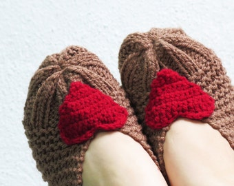 Knitted Slippers, Women Heart Slippers, Heart Knit Slippers, house shoes, Slipper, Sock, Winter Fashion, Hand Crocheted Items Teen Gift