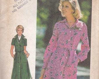 1970s Button Front Dress Pattern Butterick 4046 Size 14 Uncut