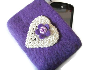 Upcycled Lavender Wool Felt Purse - Lined - Zipped - Coin Purse- UK Seller