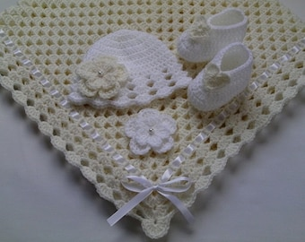 Crochet Baby Blanket, Hat and  Booties Set, ivory, white
