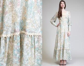 Vintage 70 Lace Up Calico GAUZE  Floral Hippie Dress // Boho // Ruffle