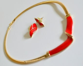 Vintage Earrings & Necklace Set. Gold and Red Geometric. Metal Ear Posts. Matching Accessories. Modern 80s jewelry 1980s Classic Choker