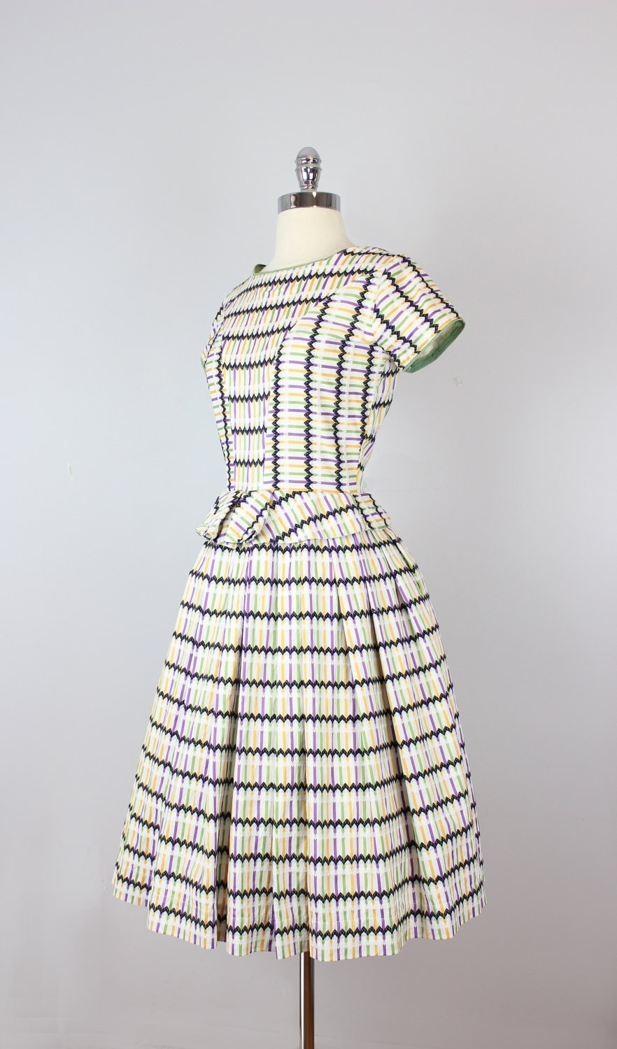 vintage 50s dress / 1950s striped cotton dress / rik rak embroidered dress / peplum full skirt dress