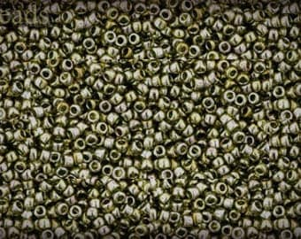 15/0 TOHO seed beads 10g Toho beads 15/0 seed beads Green Tea 15-457