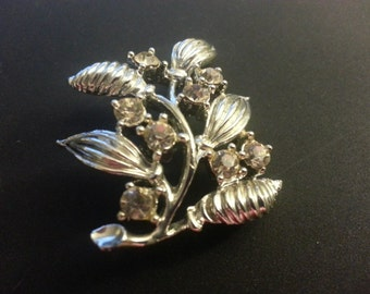 Simple Silver Tone Rhinestone Pin, Unsigned