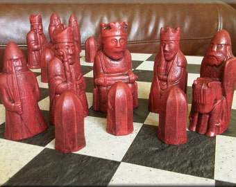 Authentic British Museum Replica Isle of Lewis Chess Set plus two extra Queens with optional Vinyl Chess Board