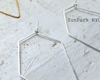 Delicate Geometric Hoop Earring/Brass/Silver/Delicate/Dainty/Subtle Jewelry/Earrings/Hoops/Hammered/Handmade Earring