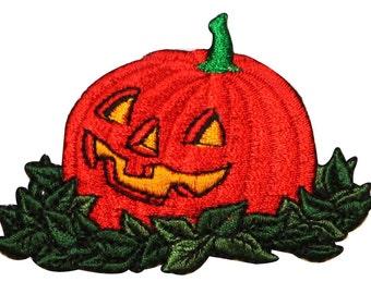 ID 0805 Pumpkin Halloween Jack O Lantern Autumn Harvest Iron On Badge Applique Patch