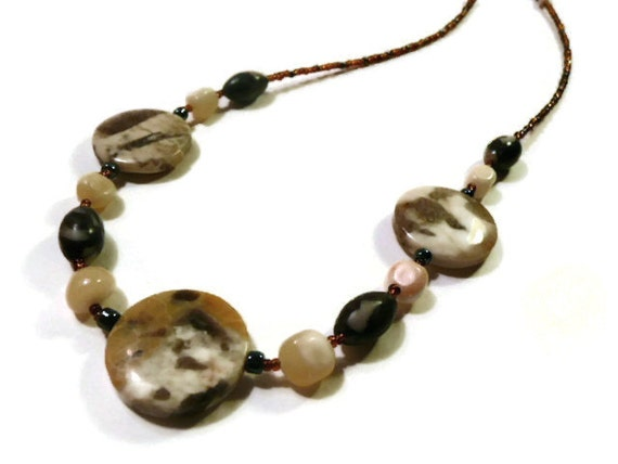 Marble Stone Jewelry : Yellow stone necklace marble beaded brown
