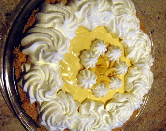 Banana Creme Pie Recipe for making the most scrumptous mouth watering dessert on the planet so perfect for a dinner party or potluck.